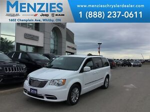 2015 Chrysler Town & Country Touring-L, Backup Cam, Clean Carpro