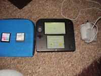 NINTENDO 2DS WITH CASE CHARGER AND GAMES MINT CONDITION
