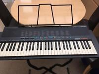 Yamaha PSR-18 electric keyboard 61 keys