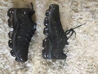 Nike vapormax tn plus size 9 new