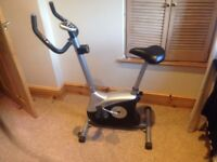 Good Quality Exercise Bike with pule/calorie/speed/distance readings