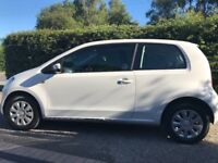 Skoda citigo white, only 1 owner excellent condition. Brand new mot and tax.