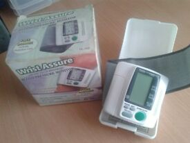 Wrist assure Blood pressure moniter