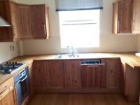 SPACIOUS 2-DOUBLE BEDROOMED MAISONETTE AVAILABLE NOW NR BRIGHTON STATION