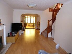 5 Bedroom Detached House, close to schools, large garden, parking for two cars