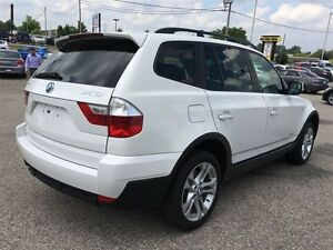 2010 BMW X3 3.0i AWD No accidents Pano roof Rare executive whi Kitchener / Waterloo Kitchener Area image 9