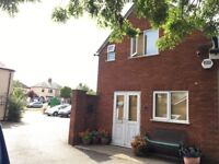 Modern 2 Beds Apartment to LET, Own Suite, Cosy & Well Maintained, Great Location and LOW Rent