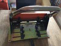 Slate holing machine