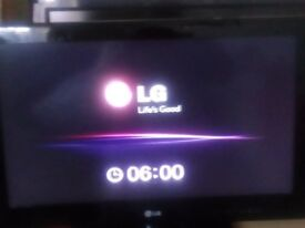 """26"""" LCD FLAT SCREEN LG TV ith REMOTE & instructions HDready + removable stand"""
