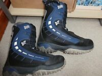 Salomon Synapse snowboard boots UK 10