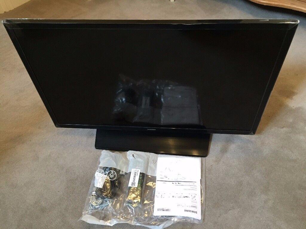 Brand new 32 inch Samsung HD TV