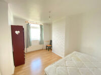 COSY DOUBLE ROOMS TO RENT NEAR CITY & CANARY WHARF (NO DEPOSIT REQUIRED)