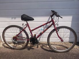 LOOKS GOOD RALEIGH CAMERO, SHIMANO GEARS/BRAKES , ALLWORKS OK ,SERVICED