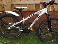 Hardrock Specialized mountain bike