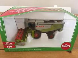 Claas farm toy model combine harvester