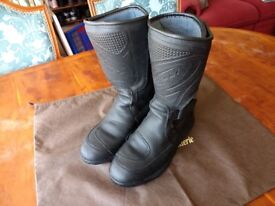 Riossi Motorcycle Boots Size 9