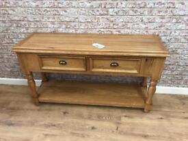 Oak hall table with turned leg