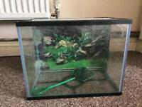 Fish tank with net