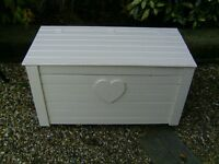 Wooden blanket / toy box / chest / trunk