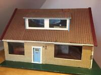 VINTAGE DOLLS HOUSE 1960's fab for Collector