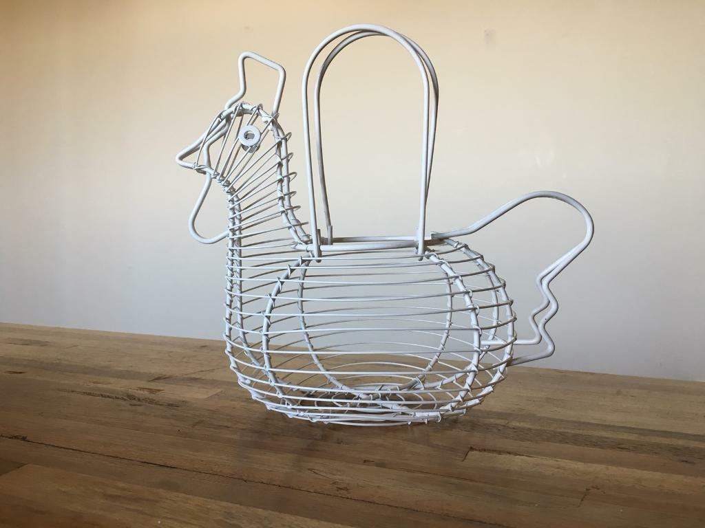 Chicken shaped wire egg basket   in Buckingham, Buckinghamshire ...