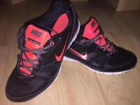 Nike Air Training total core TR women's trainers UK6