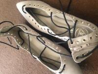 Size 6 flat shoes