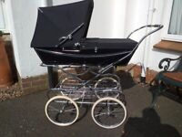 Silver Cross hard-bodied pram in excellent condition