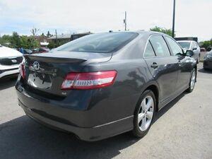 2011 Toyota Camry SE (Sports Wheels Spoiler Heated Seats) Gatineau Ottawa / Gatineau Area image 3