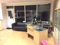 Attractive hair & beauty salon available, £550 per mth, min 3 mth lease pay in advance on renewal.