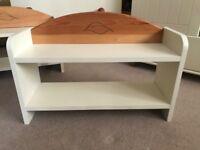 Small Shelf unit for children's room