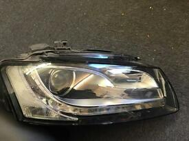 Genuine Audi S5/a5 2011 blo xenon driver-side headlight 8t0941004al