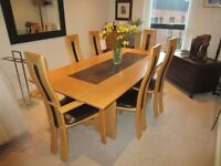 Beautiful Modern Dining Table and 6 Chairs
