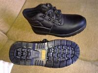 Brand New Safety Work Boots With Steel Toe Cap..Size 9
