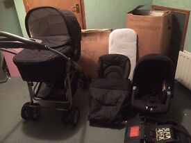 Mamas n papas pram n car seat with isofix base moses basket stand never used and csrrycot n buggy