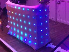 Dj stand and 3 acme miracled lights and white scrim ****great start up****