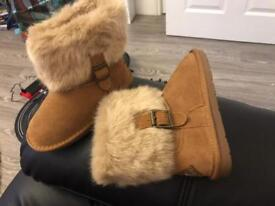 Brand new girls boots
