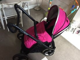 Oyster Max Pushchair - Black frame and pink fabrics