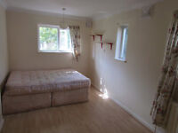 4 double bed room, house in popular Peckam - Ieal student or house sharers