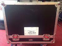 Gator Tour Grade guitar professional Flight case for Fender, Vox, Marshall, Mesa, all makes of amps.