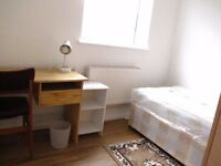 Comfy Single Room to let near Seven Sisters/Tottenham Hale close to bus&train (All Bills Included)