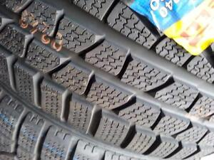 699$ 2 NEW 275-40-R19 NEUFFFF TIRE PIRELLI SOTTOZERO 240 , PRIX FERME TAX IN