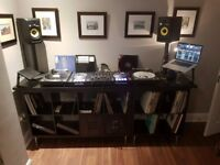 FULL DJ SETUP! Pioneer DDJ SZ, 2x Technics 1210mk2's, 2x KRK Rokit 6 Speakers & the rest!