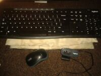 logitech WIRELESS keyboard+mouse+720p streaming webcam