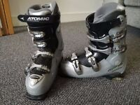 Womens Atomic Ski Boots Size 7 (EU Ski Boot Size 26)