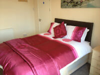 Double room in professional house share, Dudley DY2