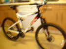 upmarket apollo paradox mountain bike super condition ideal xmas present