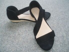 """Ladies Shoes - Marks & Spencer """"Footglove"""""""