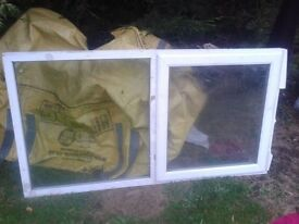 """UPVC WHITE PLASTIC DOUBLE GLAZED GLAZING WINDOWS 4 SHED/ GARAGE 63"""" X 37""""-DELIVERY IS POSSIBLE"""