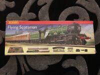 Hornby Flying Scotsman Model Electric Train Set OO Gauge R1072